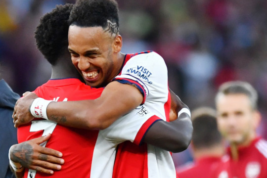 Kebangkitan Arsenal berlanjut dengan rontokkan Spurs 3-1