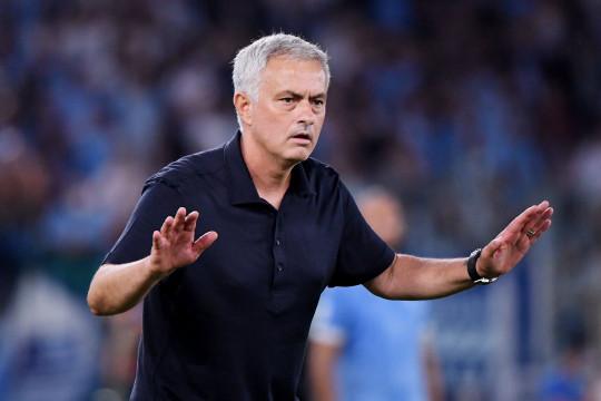 Mourinho kambing hitamkan wasit dan VAR