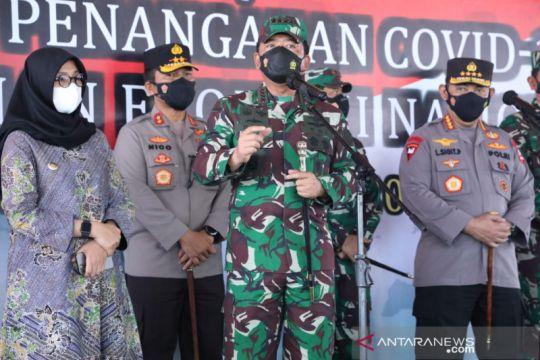 Kasus COVID-19 menurun, Panglima TNI ingatkan masyarakat tetap waspada