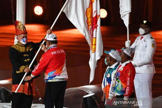 Papua officially passes PON baton to Aceh, North Sumatra