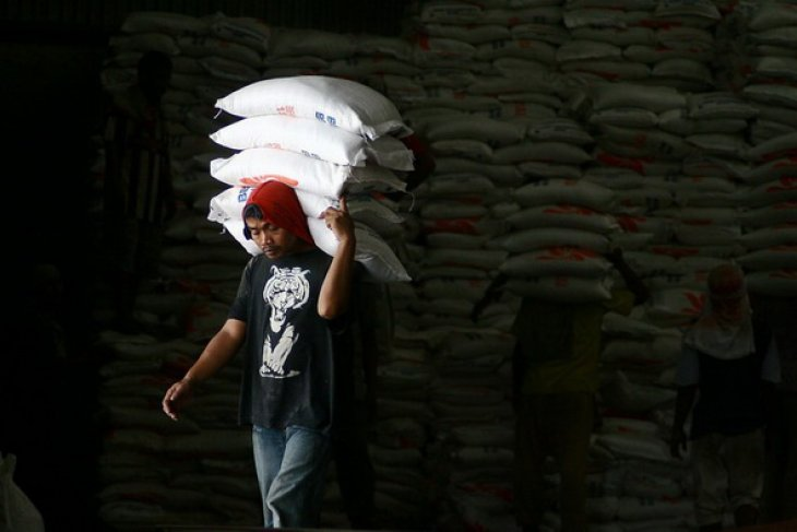 C Sulawesi to get imported rice stock of 5,800 tons