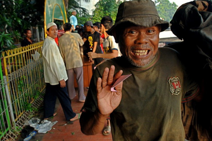 Jakarta`s poor to enjoy sacrificial animal meat