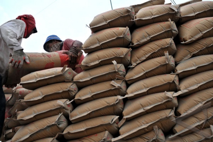 China to build four cement factories in Indonesia