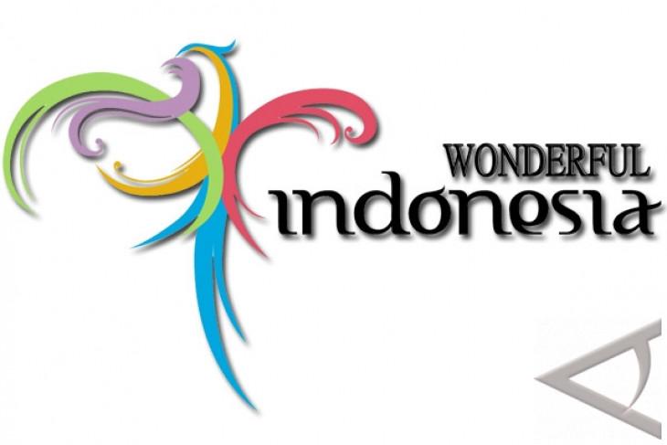 Wonderful Indonesia logo displayed on public buses in Australia