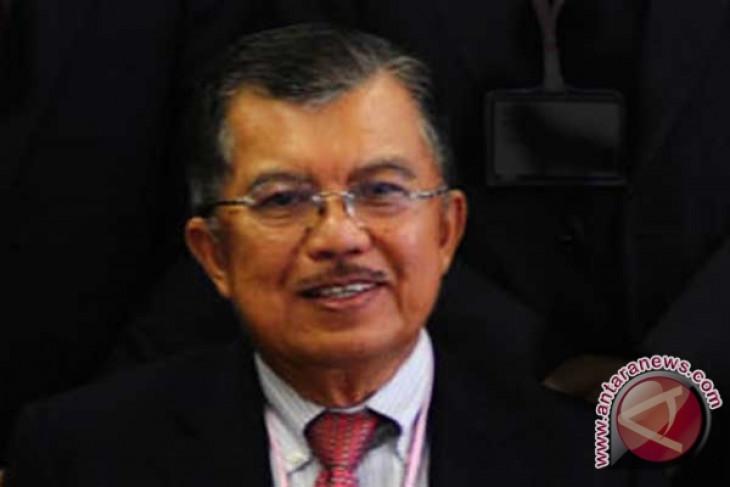 Kalla awarded honorary doctorate from UPI