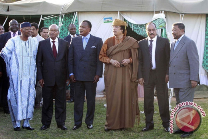 Gaddafi `accepts` African Union peace plan