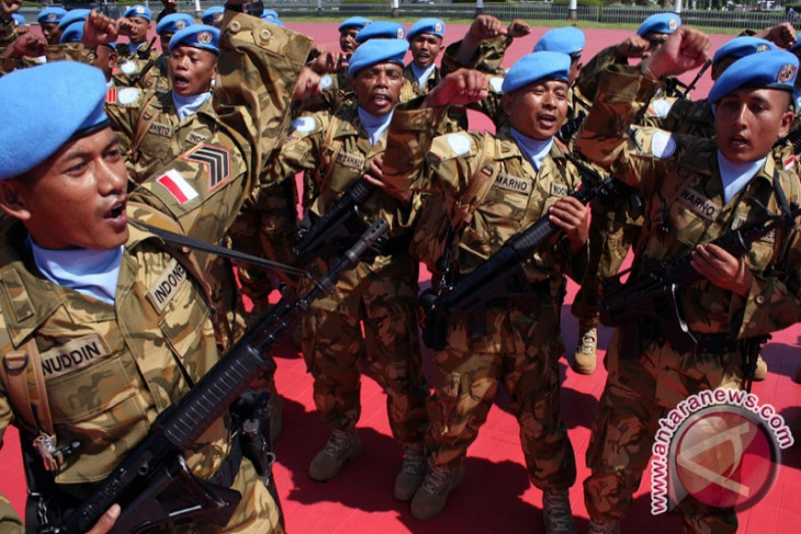 TNI`s engineering task force in Congo receives UN medal