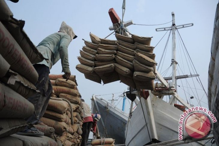 Indocement invests 100 million US dollars