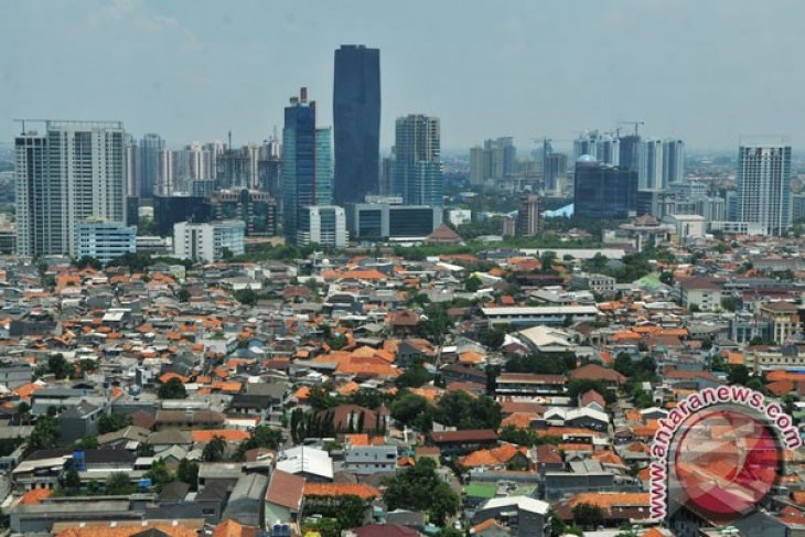 Indonesia's population grows to 241 million in 2011