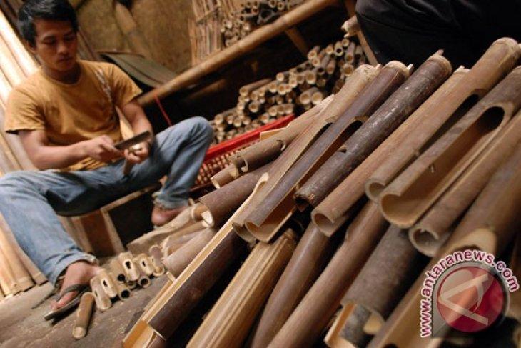 Balinese bamboo handicraft sales increase by 12.97%