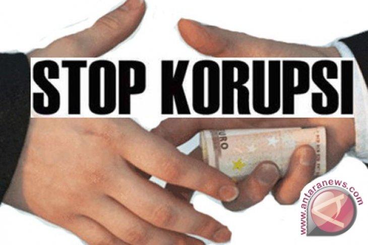 Kejati Riau sebarkan poster 13 DPO koruptor