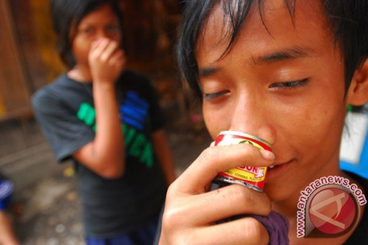 News Focus - Dangers of LSD consumption among children