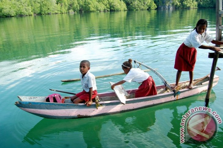 "Jayapura offers ""Tour The Youtefa"" package"