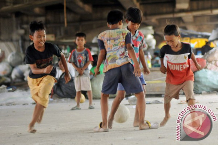 Indonesian young footballers trained by Liverpool FC