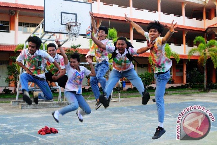 Tiga Siswa SMA Ketapang Tidak Lulus UN