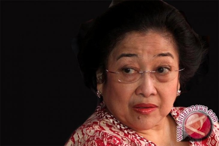 Megawati Nongkrong di Warung Kopi Pontianak