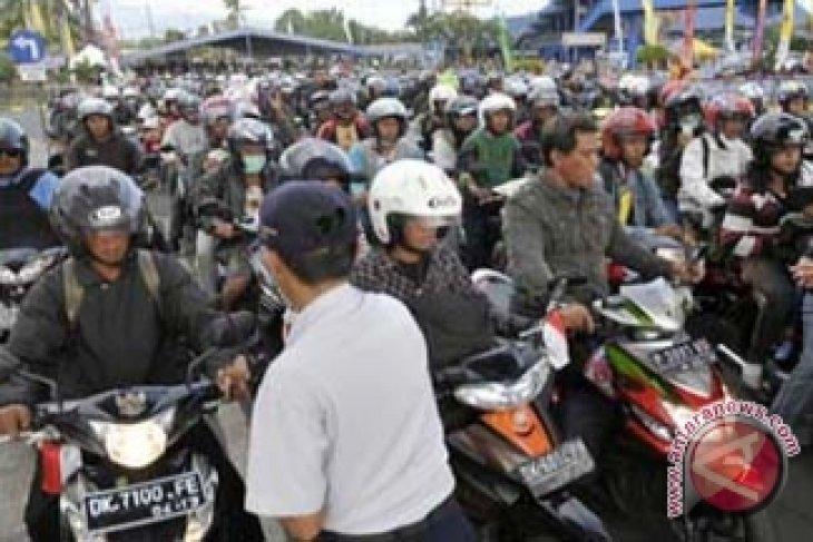 Pendatang Baru Masuk Bali Manfaatkan Pagar Jebol Pelabuhan Gilimanuk