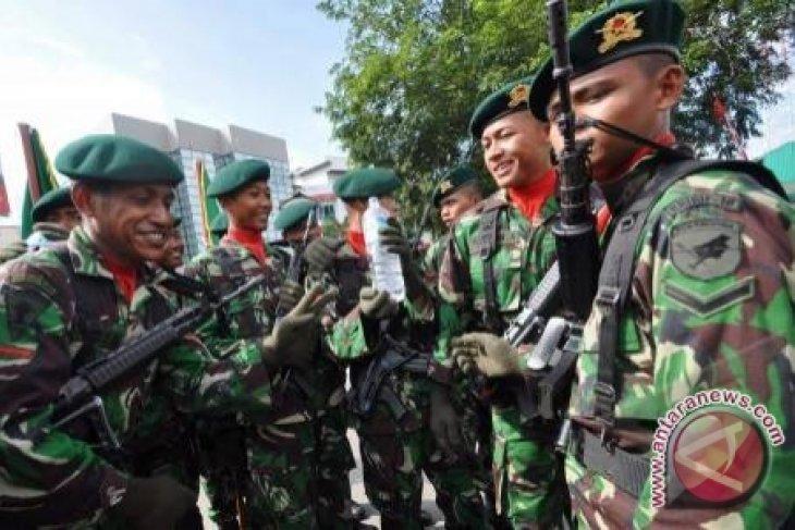 Prajurit TNI Penjaga Perbatasan Mengajar di Sejumlah Sekolah