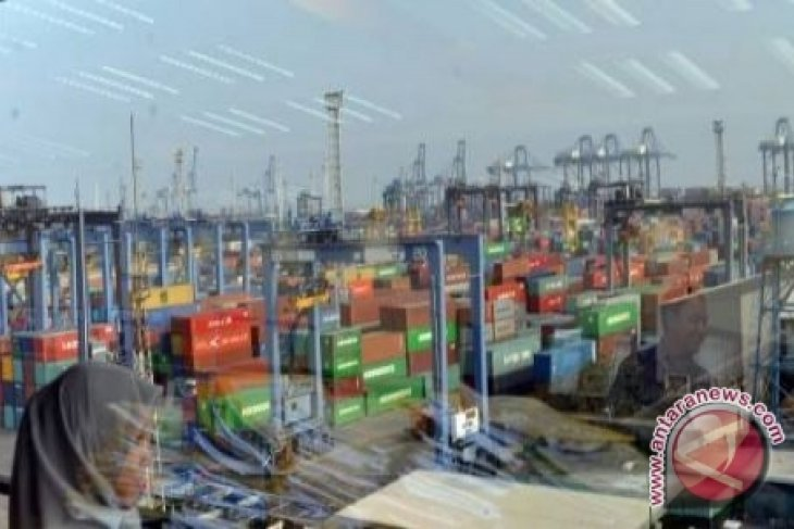 Ekspor-Impor Kalsel April Turun
