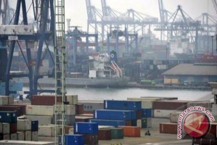 South Kalimantan's exports-imports surplus 506.32 million dollars