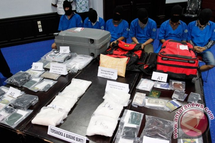Indonesian Customs foils 115 narcotics smuggling attempts in past six months