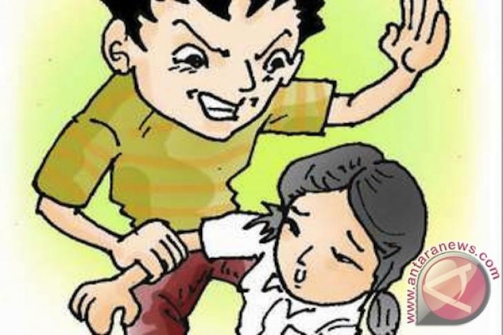 Ibu muda di Sukabumi tega menyiksa anak tirinya, ini motifnya
