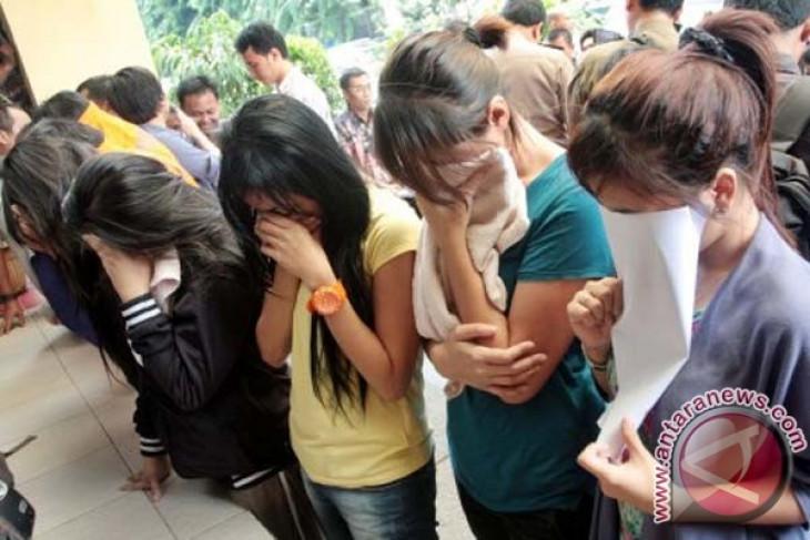Polisi pulangkan PSK anak di Tebet ke orang tua