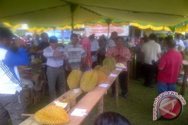 Durian Parung Raih Juara Pertama Kontes Se-kalbar