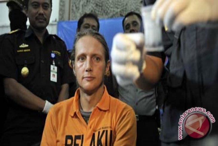 Bea Cukai Bali-Nusra tangkap warga Rusia bawa hasis