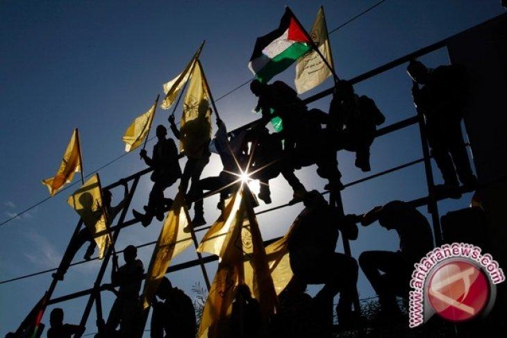 Tentara Israel lukai 10 pemuda di Jalur Gaza
