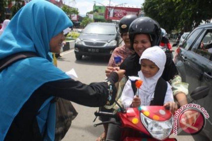 Survei: 95 Persen Orang Indonesia Akrab Dengan Ibu