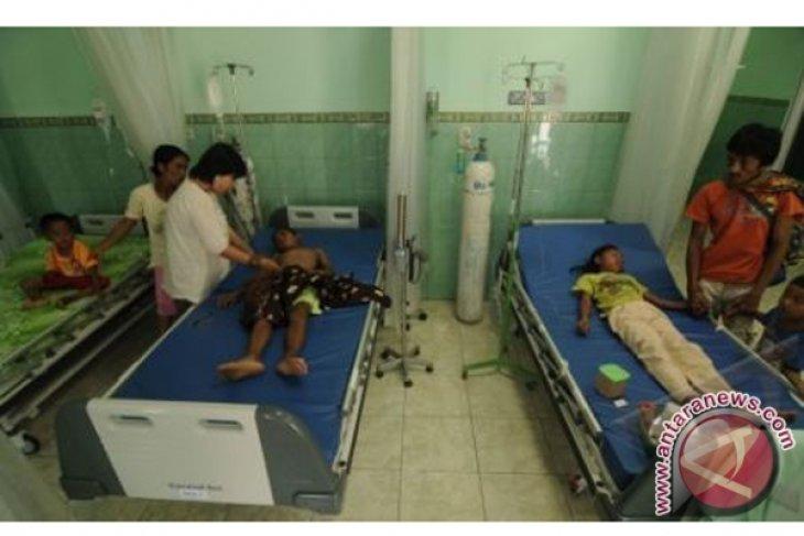 Tangani Ratusan Pasien Demam Berdarah