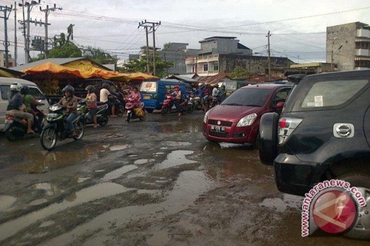 44 persen infrastruktur jalan Bengkulu masih rusak
