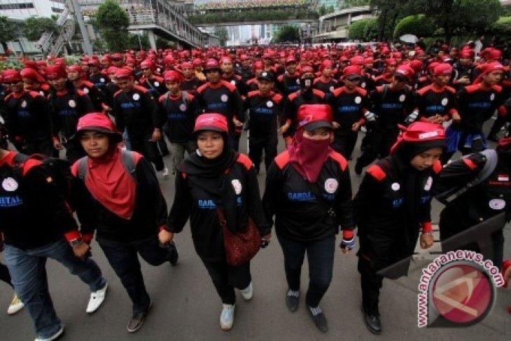 Buruh FSPMI Unjuk Rasa Kembali