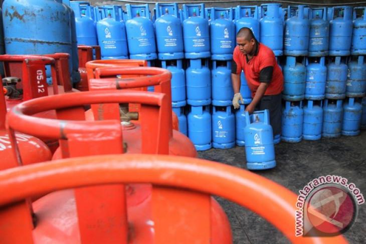 Indonesia government studies impact of postponement in LPG price hike
