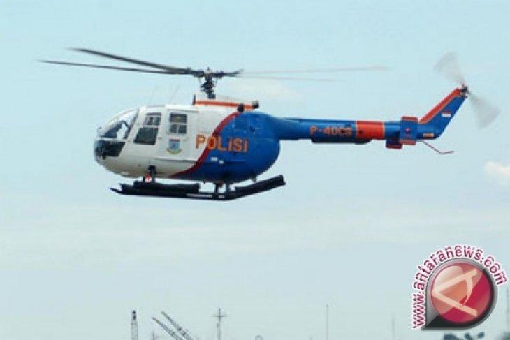 Heli TNI ditembaki di Sinak, pilot terluka