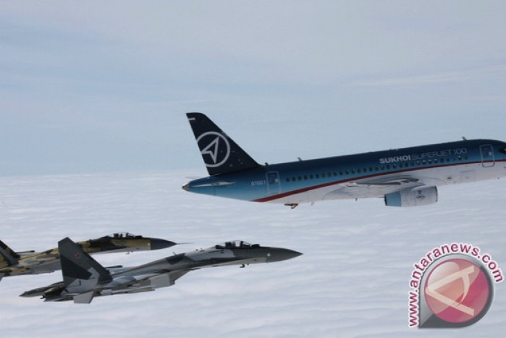Russian Sukhoi Su-27 Flanker crashed outside Moscow, killing pilot