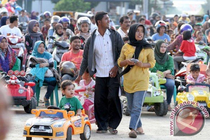 Indonesia`s human development index improves