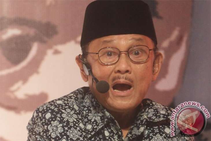 MH-370 may have exploded at altitude of 10 kilometers: Habibie