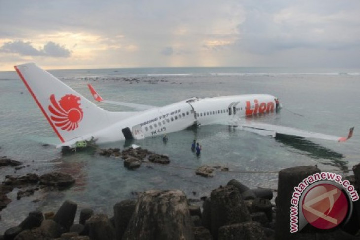 Indonesian govt to audit Lion Air following plane crash in Bali