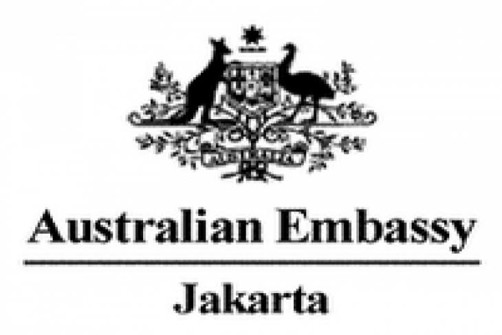 Australian parliamentarians visit aid programs in Surabaya