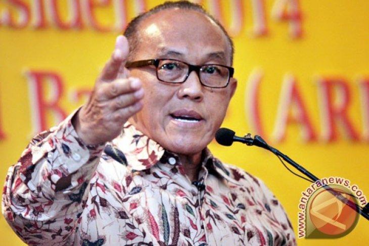 Aburizal Bakrie attends President Yudhoyono`s open house
