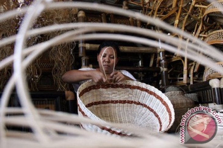 Manufacturing industries in N. Sumatra grow by 6.42%