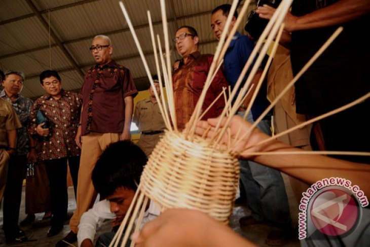 Indonesia needs to boost exports of rattan products