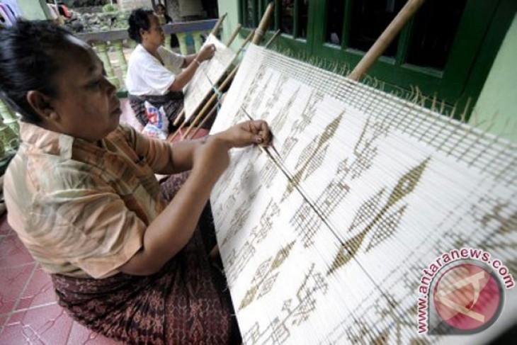September is month of festivals in East Nusa Tenggara
