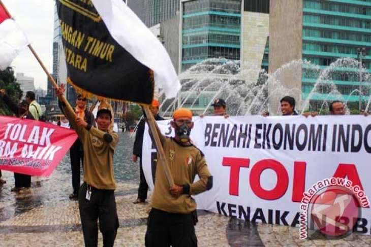 PKS to fight against fuel price hikes