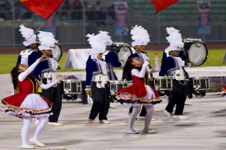 Gita Surosowan marching band off to Netherlands