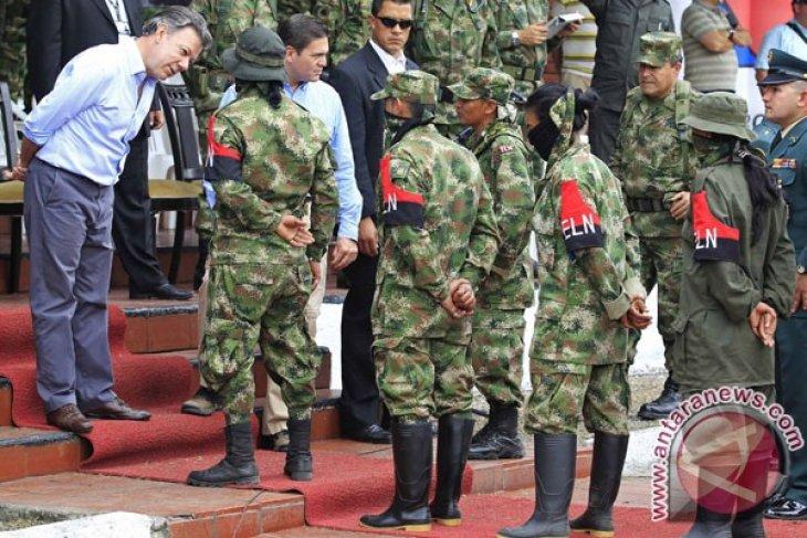 Pipa minyak Trasandino Kolombia rusak akibat  bom