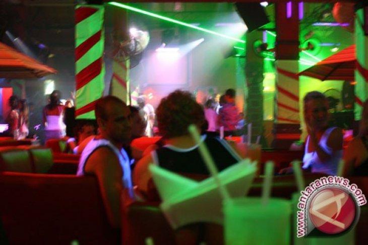 FPI desak Pemda sanksi tempat karaoke