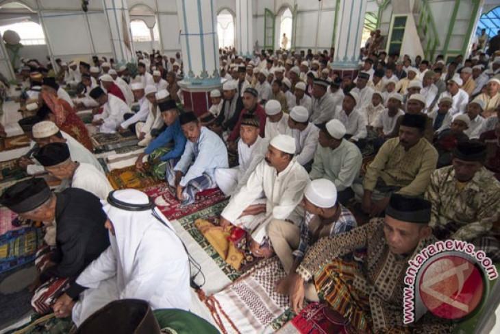 Idul Fitri lebih awal tiga desa muslim di Ambon